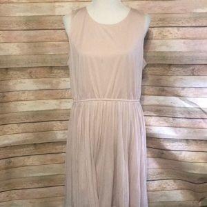 Blush dress with pleats